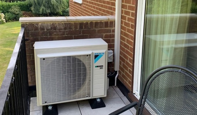 Daikin Easyzone solves cooling needs for first floor apartment